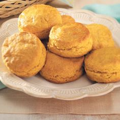 Pumpkin Patch Biscuits from Taste of Home -- shared by Liza Taylor of Seattle, Washington (cinnamon roll apple pie monkey bread) Pumpkin Recipes, Fall Recipes, Great Recipes, Favorite Recipes, Recipe Ideas, Pumpkin Dishes, Pumpkin Bread, Pumpkin Puree, Healthy Recipes