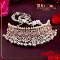 Shop The Most Exotic Fine Jewellery Collections Here - Choker Necklace Designs - Jewelry Antique Jewellery Designs, Fancy Jewellery, Gold Jewellery Design, Fine Jewelry, Diamond Jewellery, Jewelry Designer, Handmade Jewellery, Jewellery Market, Silver Jewelry