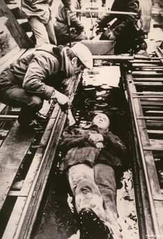 Andrei Tarkovsky and Alexander Kaidanovsky while filming Stalker (1979)