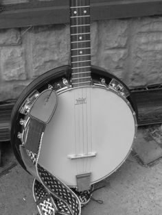 Celtic banjo strap