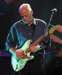 """David Gilmour at Fender's 50th anniversary. He played beautiful """"Marooned"""" and """"Coming Back To Life"""", a song that, on my point of view, has a wonderful beginning, but the rest is very poor."""