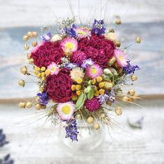Dried flowers bouquet Dried Flower Bouquet, Dried Flowers, Floral Wreath, Wreaths, Ideas, Decor, Flower Preservation, Floral Crown, Decoration