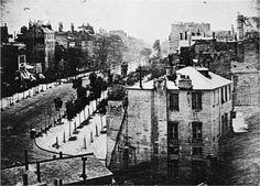 Ces photos mythiques qui ont marqué l'histoire – Le boulevard du Temple, prise par Louis Daguerre, est l'une des premières photos du monde.