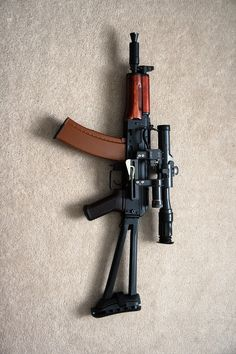 Kalashnikov AKS-74U (with folding butt stock) - short assault rifle that was intended as a personal defense weapon for tank, gun, helicopter and other vehicle crews, as well as for the special operations forces, which required compact but relatively powerful individual automatic weapons