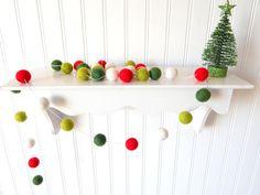 Christmas Garland, Christmas Felt Ball Garland, Pom Pom Garland, Christmas Decor, Christmas Tree Garland Mantel Decor Holiday Decor, Vintage #Christmas #Christmas2015 #holidaydecor #ChristmasParty #ChristmasDecorations
