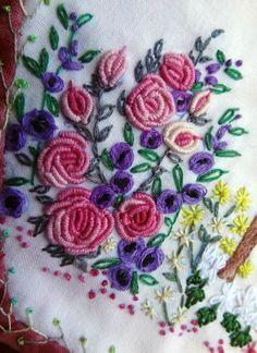 http://www.yorkette45.canalblog.com : Les cousettes brodées de Yorkette  40 JARDIN ANGLAIS (3)