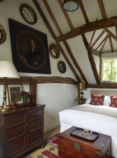 Sussex Farmhouse by Paolo Moschino for Nicholas Haslam