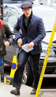 #BenedictCumberbatch arriving for Sherlock filming today in Cheltenham.