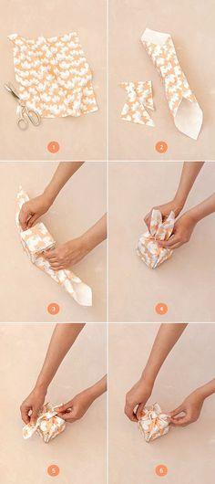 embrulho-com-tecido-furoshiki-minted-ickfd-2
