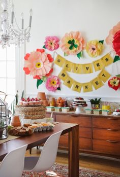 Giant crepe + tissue paper wall flowers {The Makerista: Olive's Farmers Market Party}