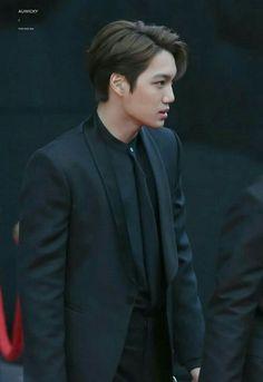 """""""interesting how jongin's best looks are when he wears black on black 🧐"""""""