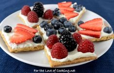 Fruit and Cream Cheese Graham Cracker Snacks - For the Love of Cooking