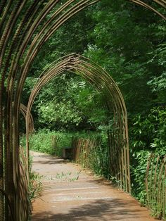 Wonderful Garden Arch Ideas Garden Arches – A Must Have Feature For Any Garden Design Wonderful Garden Arch Ideas. It is sometimes said that every garden should have an archway. Curved Pergola, Deck With Pergola, Outdoor Pergola, Backyard Pergola, Pergola Kits, Pergola Ideas, Garden Archway, Garden Arbor, Garden Trellis