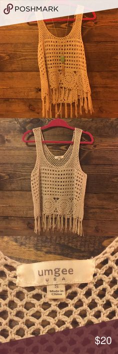 Knit top size small Love this umgee knit top! It's a size small, and in good condition! Would be great to wear to a music fest! Umgee Tops Blouses