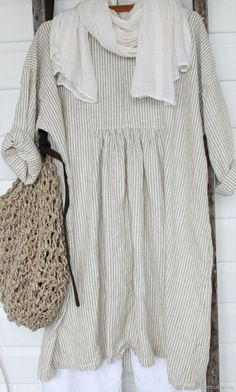 This Pin was discovered by Deb Mode Outfits, Casual Outfits, Boho Fashion, Womens Fashion, Fashion Design, Mode Hippie, Mode Plus, Mode Vintage, Linen Dresses
