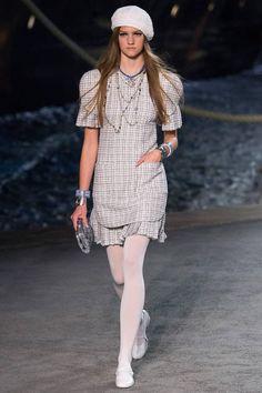 Лучших изображений доски «платья»  1067 в 2019 г.   Woman fashion ... d7739be8b48