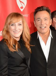 Bruce Springsteen and Patti Scialfa Photos Photos - Honoree Bruce Springsteen (R) and singer Patti Scialfa arrive at MusiCares Person Of The Year Honoring Bruce Springsteen at Los Angeles Convention Center on February 8, 2013 in Los Angeles, California. - The 55th Annual GRAMMY Awards - MusiCares Person Of The Year Honoring Bruce Springsteen - Red Carpet