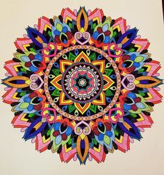 ColorIt Mandalas to Color Volume 1 Colorist: Vyckie Kranz