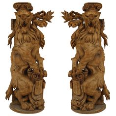 1stdibs.com | Spectacular Pair of Continental 18th Century Lions Rampant Pedestals Hardwood