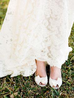 white bow shoes + lace dress