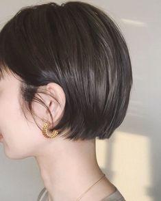 Asian Short Hair, Short Hair Cuts, Haircuts For Long Hair, Short Bob Hairstyles, Blonde Hair Makeup, Shot Hair Styles, Pixie Haircut, Gorgeous Hair, Hair Designs