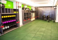 The Fhitting Room Flatiron excited to take my first class there next week! ahh! worth every penny even though it's pricey.  I love boutique fitness studios because it's like having your own personal trainer but in a group setting.  You're accountable for your actions.