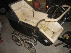 Classic Pedigree pram - collectors item |