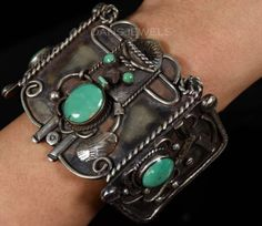 Huge-Old-Pawn-Vintage-Navajo-TURQUOISE-Sterling-KACHINA-Bracelet-RARE