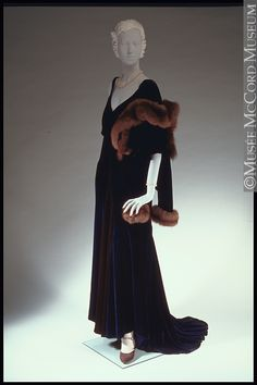 Evening ensemble  Norman Hartnell  1929-1940, 20th century