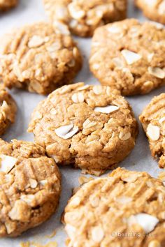 Peanut Butter Coconut Oatmeal Cookies (V, GF): an easy recipe for deliciously thick, chewy peanut butter cookies bursting with coconut and oats. Oatmeal Cookie Smoothie, Oatmeal Coconut Cookies, Chewy Peanut Butter Cookies, Coconut Peanut Butter, Cookies Vegan, Peanut Butter Oatmeal, Oatmeal Chocolate Chip Cookies, Vegan Gluten Free Desserts, Delicious Vegan Recipes