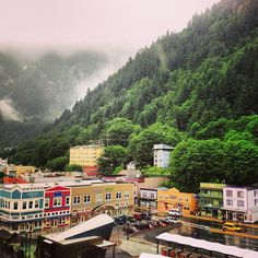 Juneau, Alaska   De mis lugares favoritos en el mundo ❥ I'll be back soon  #travelphotography #travelinspiration #alaska