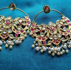 #Motiimpex #Polkijewellery #Polkiearrings #Polkinecklace #Jaipurjewellery #necklaceset #jadau #diamondjewellery #diamondbangle