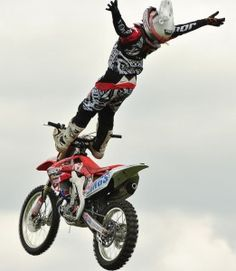 FMX ... wow - just WOW... i can do that its so much fun may be scary but its an experience of a life time lov 2 ride motorcross