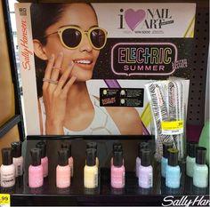 Image from http://3.bp.blogspot.com/-utgf0iroccI/U6OjKG9a-uI/AAAAAAAACHc/2_HbDBqrAAU/s1600/sally+hansen+electric+summer+limited+edition+pastels+2014.jpg.