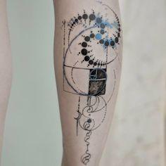 Golden ratio tattoo by Marie Roura MarieRoura graphic spiritual sacredgeometry goldenratio spiral