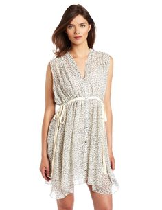 Try sewing this with cotton fabric- very nice nursing top.
