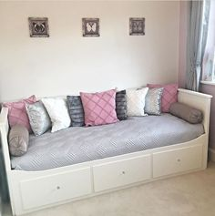 Cute Home Decor, Mattress, Daybed Ideas, Bench, Storage, Furniture, Beds, Yurts, Purse Storage