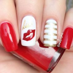 kiss💋kiss💋kiss .  they look like Kylie's lips 😜 @kyliejenner ❤😘 . @ellamilapolish : unwrap me gilded  @twinkled_t : 💋 vinyls & straights  #GoRed #GoRedForWomen #💋 #❤ #vday #kiss