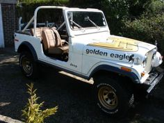 Oh how I loved to drive this no top no doors. Always a lap seat belt though. Jeep Golden Eagle, Cj Jeep, General Lee, Midlife Crisis, Movie Cars, Cool Jeeps, Dream Garage, Country Girls, Good Movies