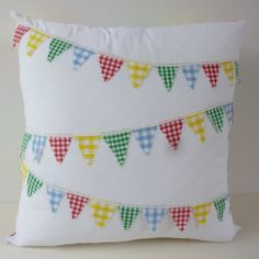 Sewing Cushions Gingham Bunting and Patchwork Cushion by GayAbandon on Etsy - Plain Cushions, Cute Cushions, Fabric Crafts, Sewing Crafts, Sewing Projects, Caravan Decor, Patchwork Cushion, Free Motion Embroidery, Fabric Journals