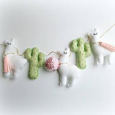 Llama Cactus garland bunting banner decor mobile cacti alpaca MADE TO ORDER Green & Gold Cactus and Felt Crafts, Kids Crafts, Diy And Crafts, Alpacas, Sewing Crafts, Sewing Projects, Llama Birthday, Diy Birthday, Baby Mobile