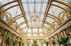 The Garden Court—a stunning dining area and the first thing you see when you step into the Palace—is the hotel's pièce de résistance.