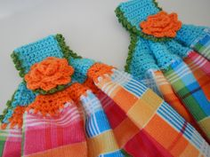 More Towel Toppers! Another Dollar Tree micro-fiber towel cut in two,with a rose...