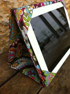 Capa para tablet bem colorida
