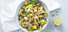 De perfecte zomer salade met tonijn en mango + winactie - Leuke recepten Spaghetti Bolognese, Lunches, Potato Salad, Salad Recipes, Bbq, Potatoes, Meals, Mango, Ethnic Recipes