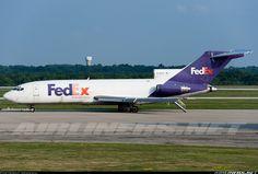 Boeing 727-22(F)