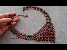 Beaded Jewelry Patterns, Beading Patterns, Bead Crochet, Crochet Necklace, Beading Tutorials, Knitted Bags, Diy Earrings, Bead Weaving, Jewelery