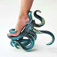 Octopus heels. I NEED these to go with my Ariel outfit!