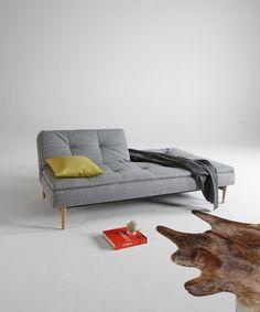 Holzbett design  Holzbett in schlichter Form | Sleep better, Industrial design and ...