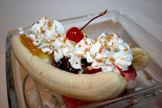 Deep South Dish: Classic Old Fashioned Soda Fountain Banana Split